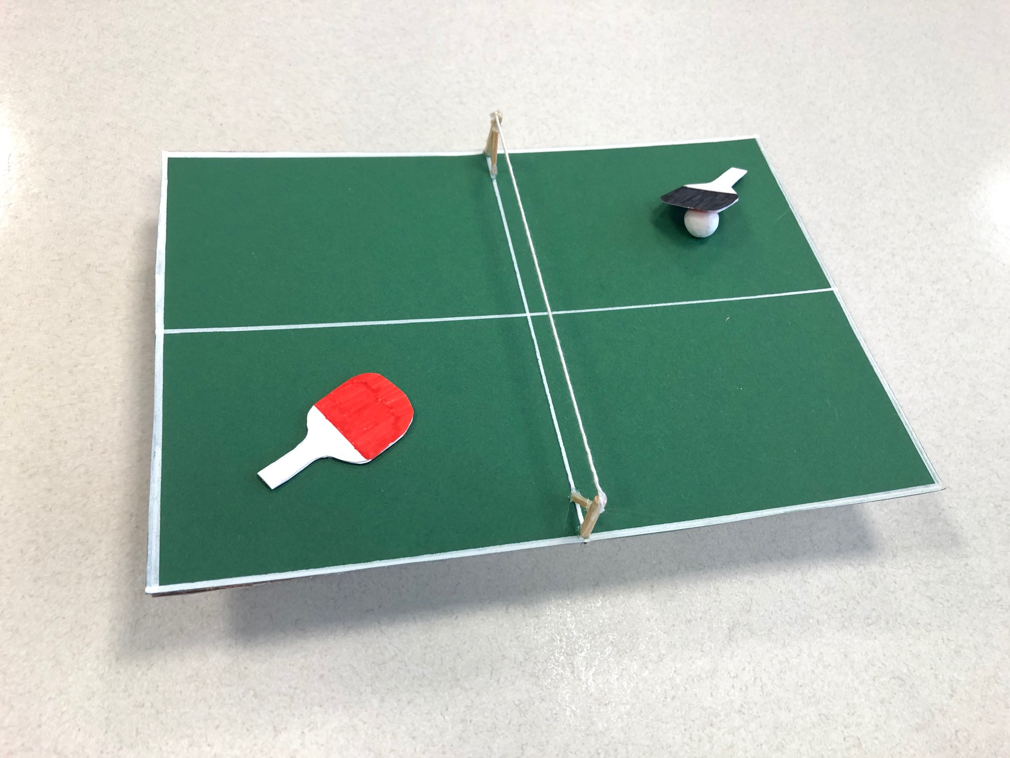 Gebasteltes Tischtennis Set